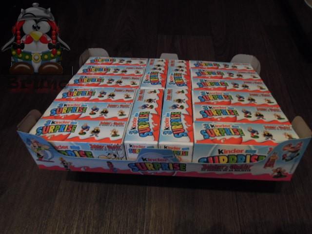 Nouvelles séries Kinder (Astérix + Barbie) - Septembre 2012 Platea11