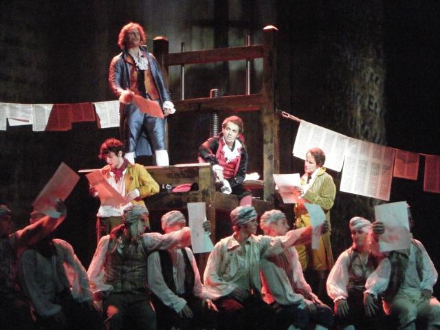 [comédie musicale] 1789: les amants de la bastille - Page 4 Dscf7913