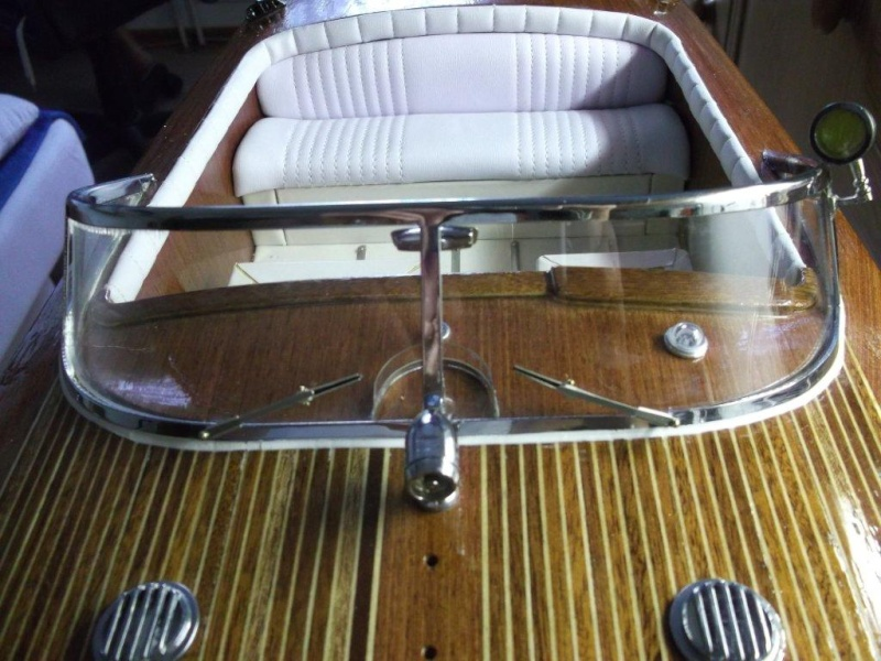 Italienisches Sportboot - Seite 2 Riva_318