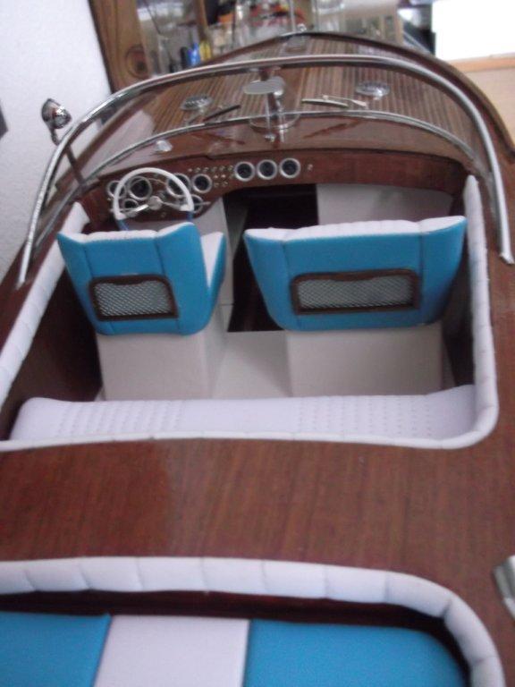 Italienisches Sportboot - Seite 2 Riva_320