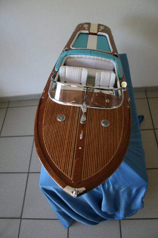 Italienisches Sportboot - Seite 2 Riva_412