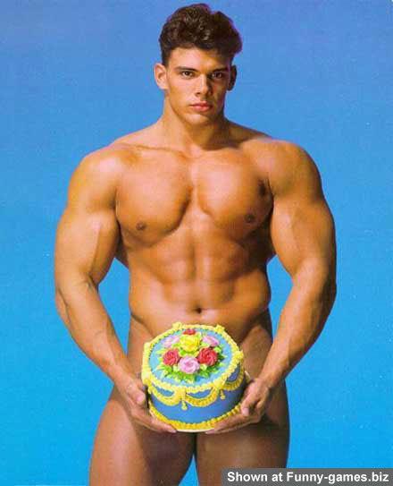 Joyeux anniversaire Tristanland5 !! Gay-se10