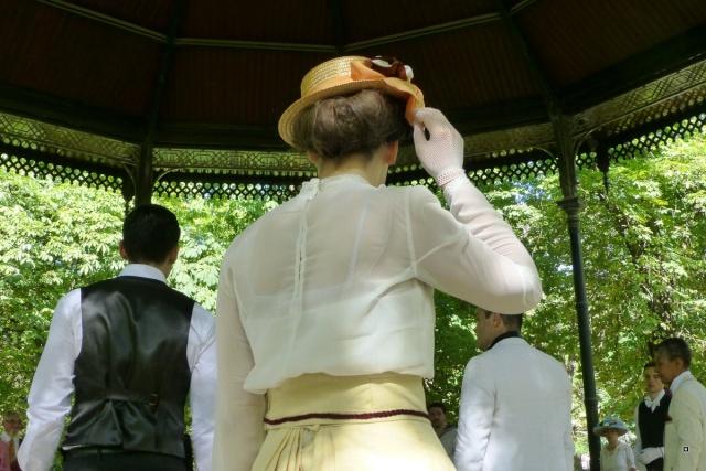 Choses vues dans le jardin du Luxembourg, à Paris - Page 2 Aout_a10