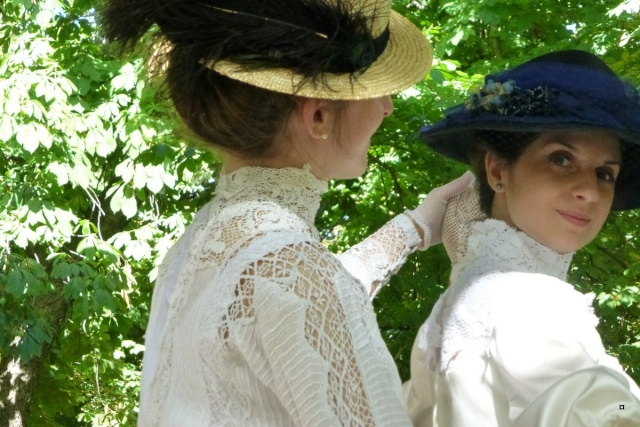 Choses vues dans le jardin du Luxembourg, à Paris - Page 2 Aout_a14
