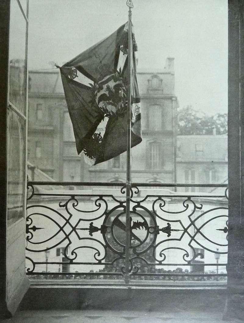 Premier drapeau pris à l'ennemi ! P1160415
