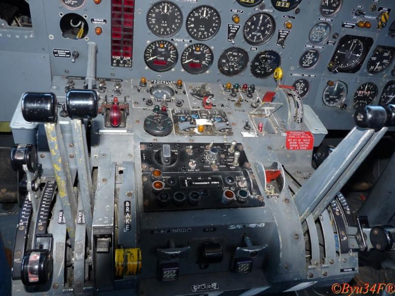 [Les anciens avions de l'aéro] Le Bréguet Atlantic (BR 1150) - Page 7 P1050744
