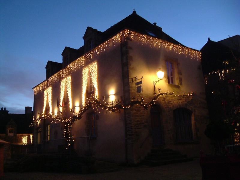 Les illuminations de Noël pour les fêtes 2.015   2.016 ! - Page 9 88987810