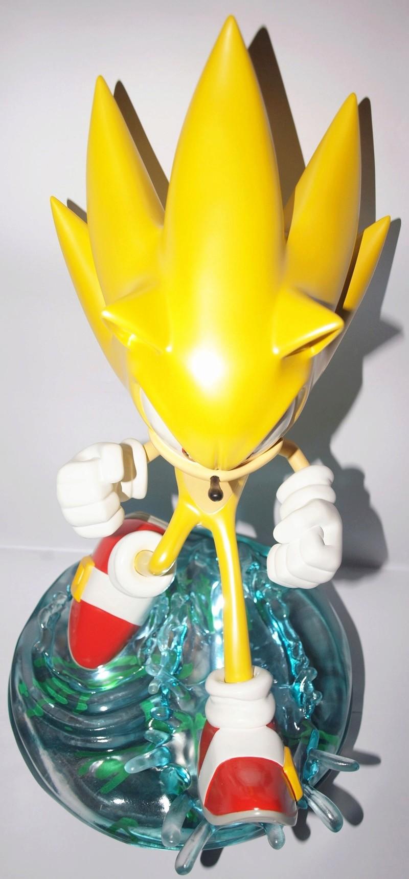 [Présentation] Statuette en Résine Modern Super Sonic Exclusive par First4Figures P8247913