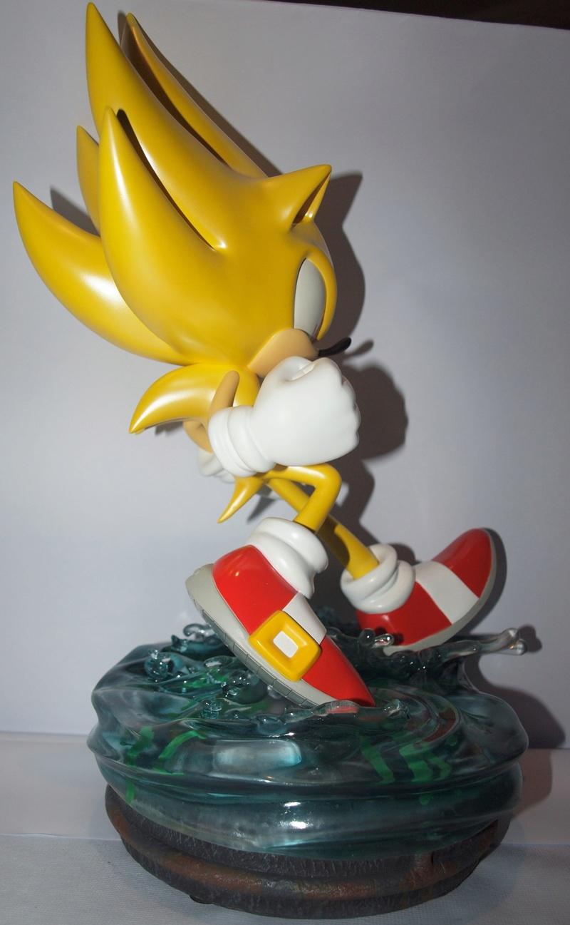 [Présentation] Statuette en Résine Modern Super Sonic Exclusive par First4Figures P8247914