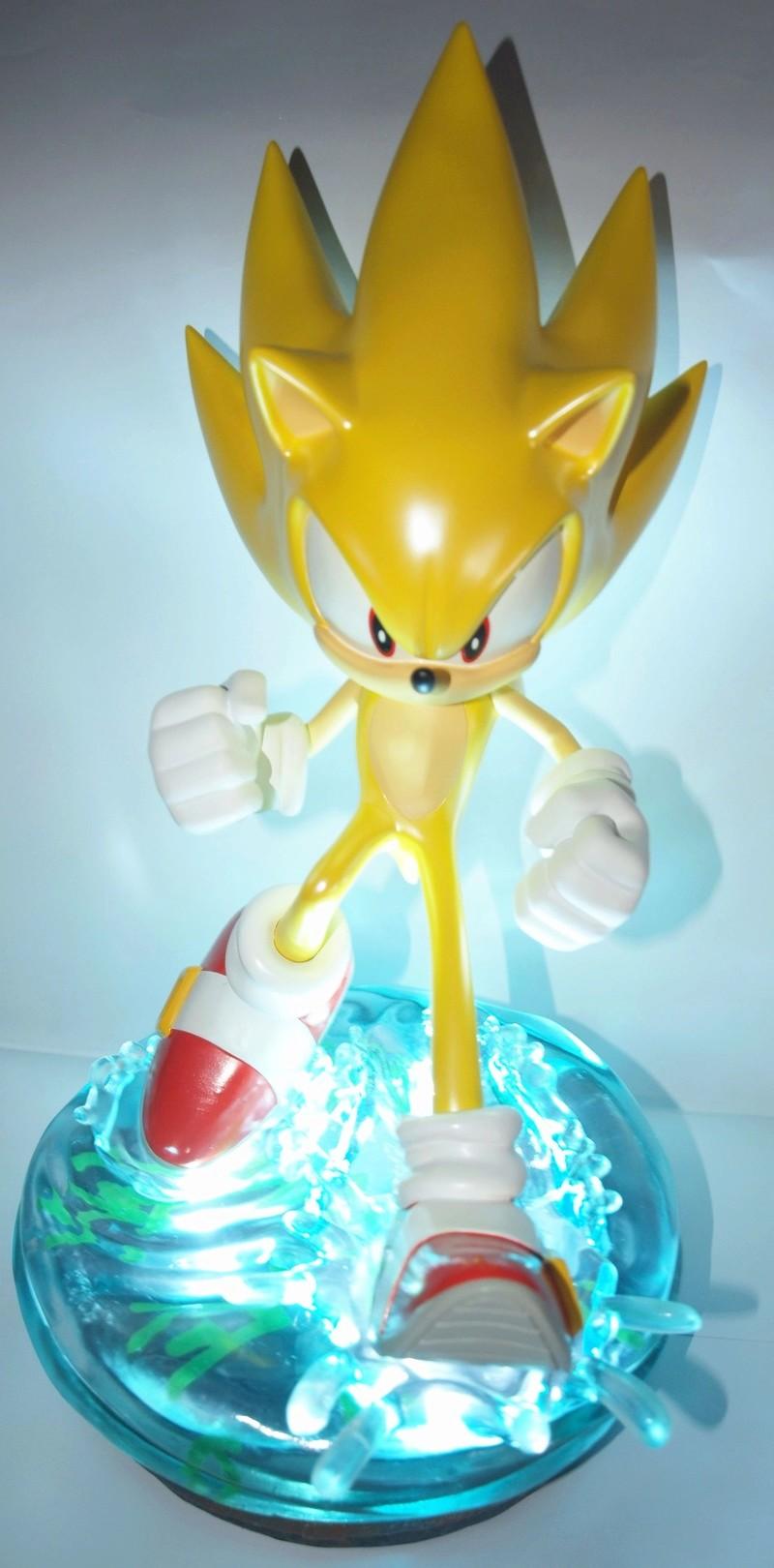 [Présentation] Statuette en Résine Modern Super Sonic Exclusive par First4Figures P8247919