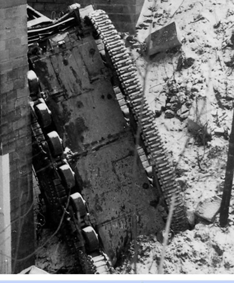 Char Sherman tombé d'un pont à Saverne M32b3_12