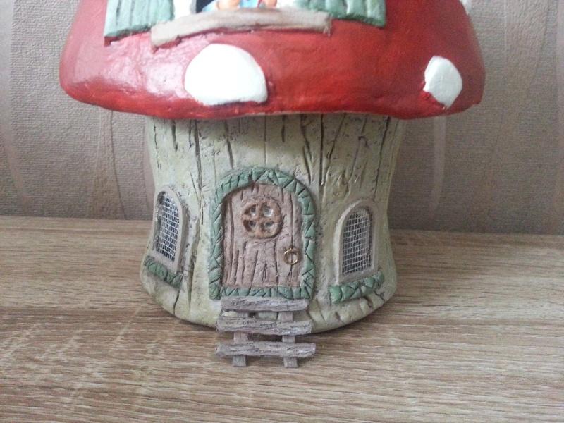 Mushroom House ( 4ème créa ) Juillet 2016 Myriam 20160732