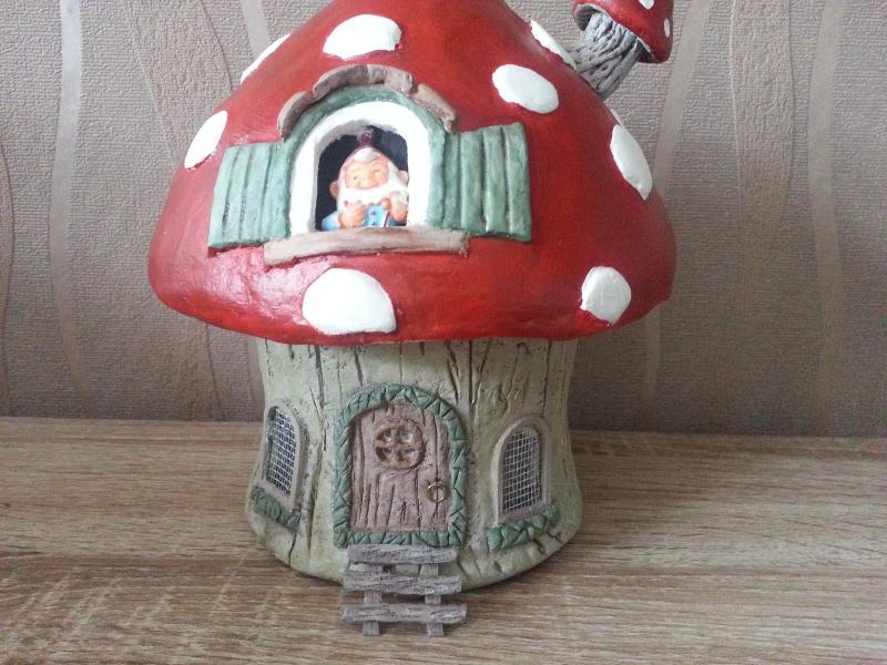 Mushroom House ( 4ème créa ) Juillet 2016 Myriam 20160736