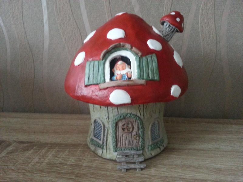Mushroom House ( 4ème créa ) Juillet 2016 Myriam 20160740
