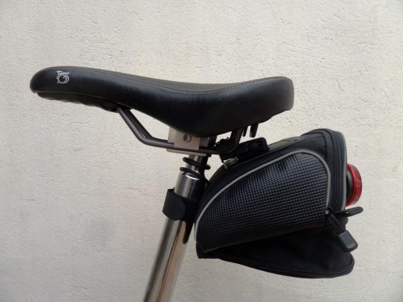 Sac de selle rapide à enlever pour vélo pliable? Sam_5321
