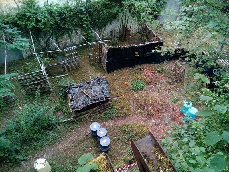 Suite de l'aménagement de la ruine du terrain de cross 14075111