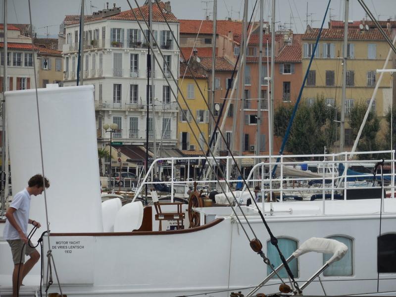 Yacht  classique à moteur 1920 / 1930 NEMESIS Dscn4320
