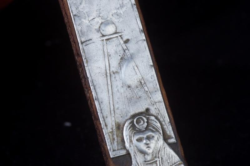 Joli crucifix artisanal sans doute - probablement XIXème Crux_410