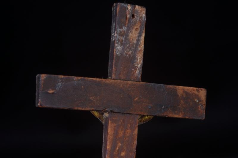 Joli crucifix artisanal sans doute - probablement XIXème Crux_910