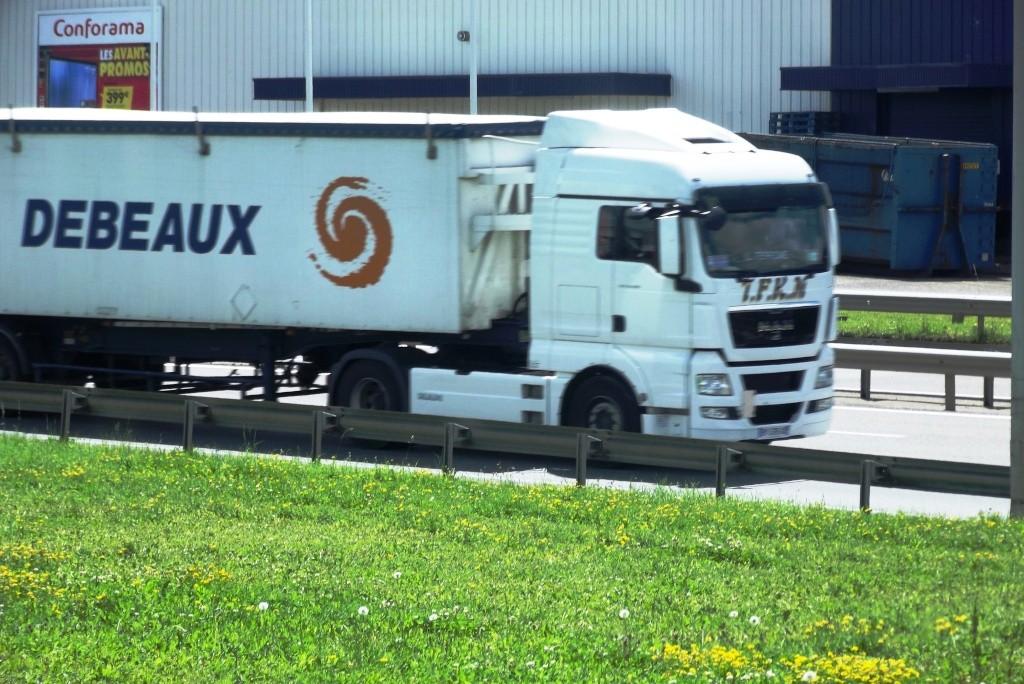 Debeaux (Transalliance)(Livron sur Drome, 26) Camion76