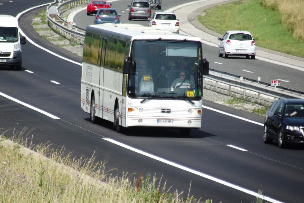 Cars et Bus de la région Champagne Ardennes - Page 3 Camion86