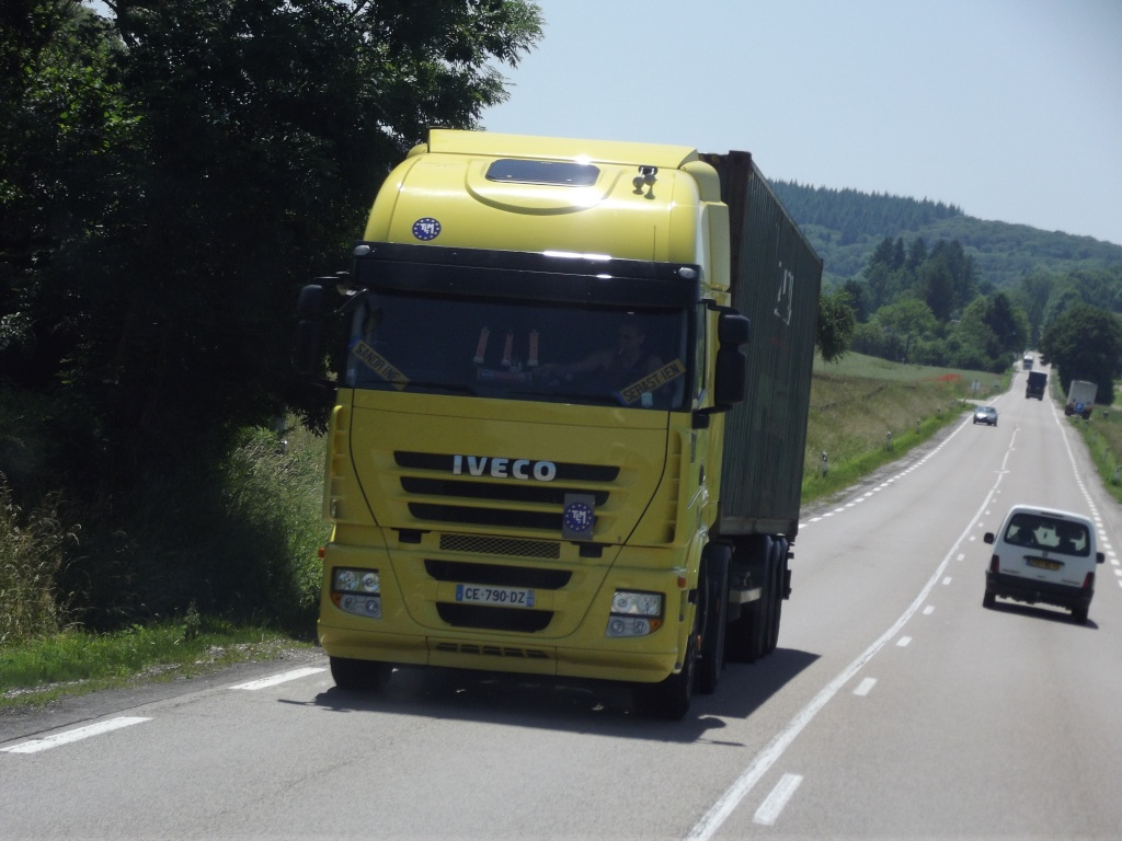 Iveco Stralis  - Page 6 Phot1185