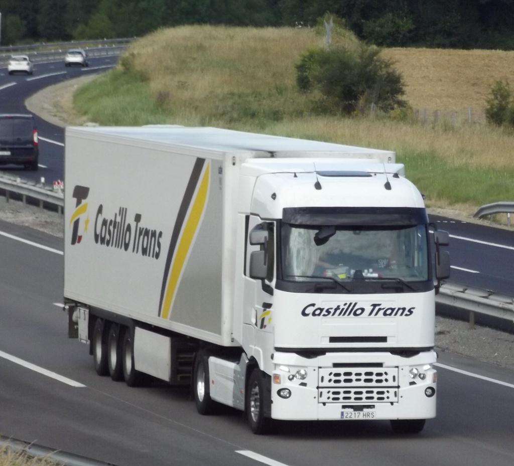 Nouveau Renault  a l essais chez Castillo Trans Phot1198