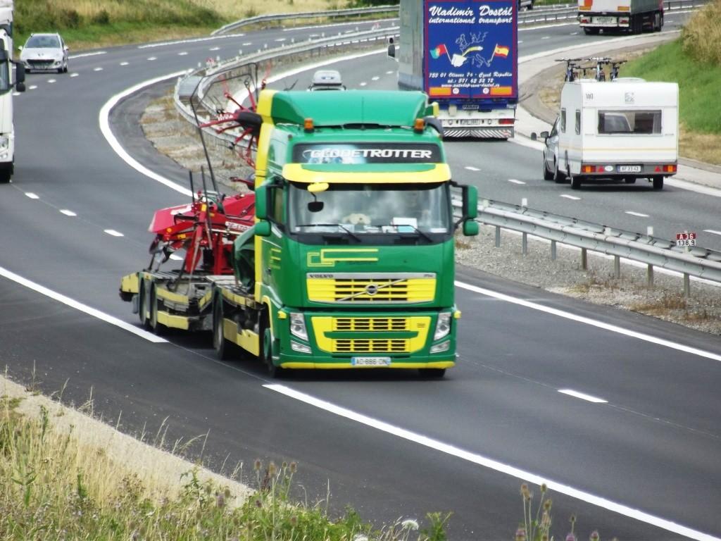 Transports GC (Villiers sur Yonne) (58) Photo407
