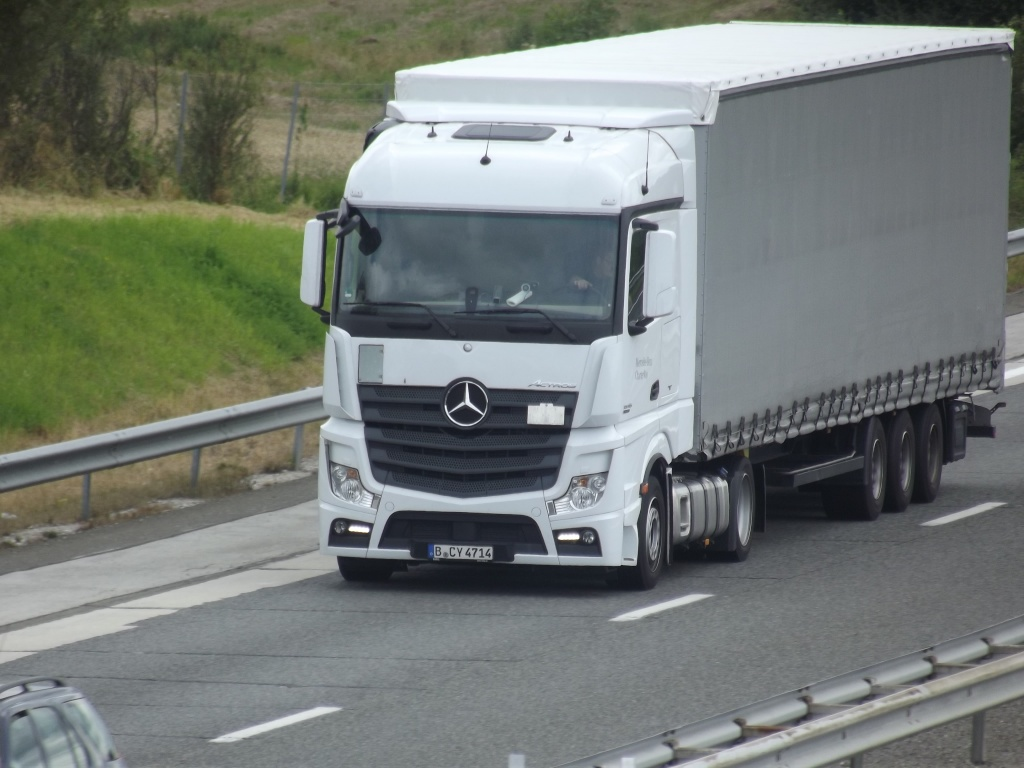 Mercedes Actros MP4 (euro 6 )  - Page 2 Photo474