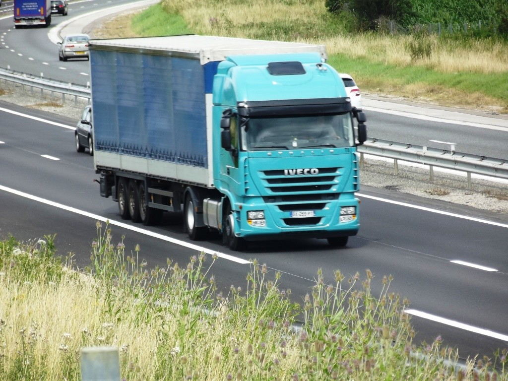 Iveco Stralis  - Page 3 Photo517
