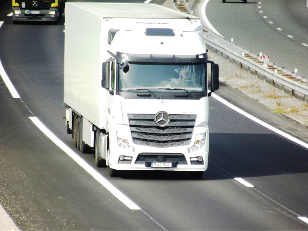 Mercedes Actros MP4 (euro 6 )  - Page 2 Photo824