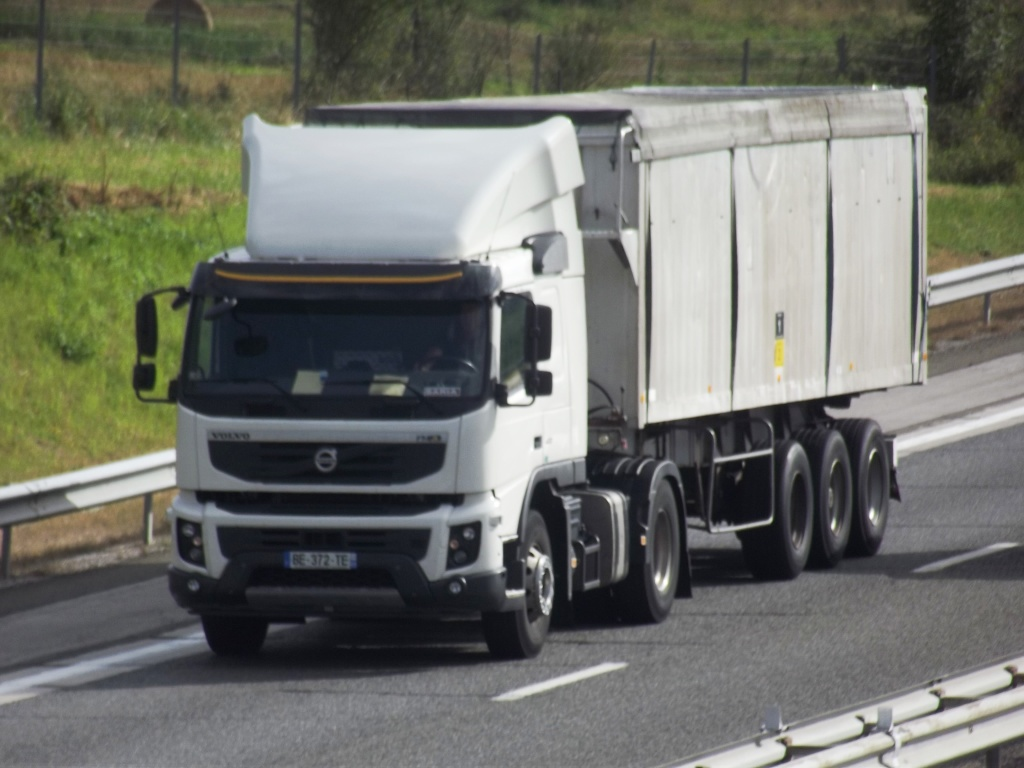 FMX la gamme chantier de Volvo Photo825