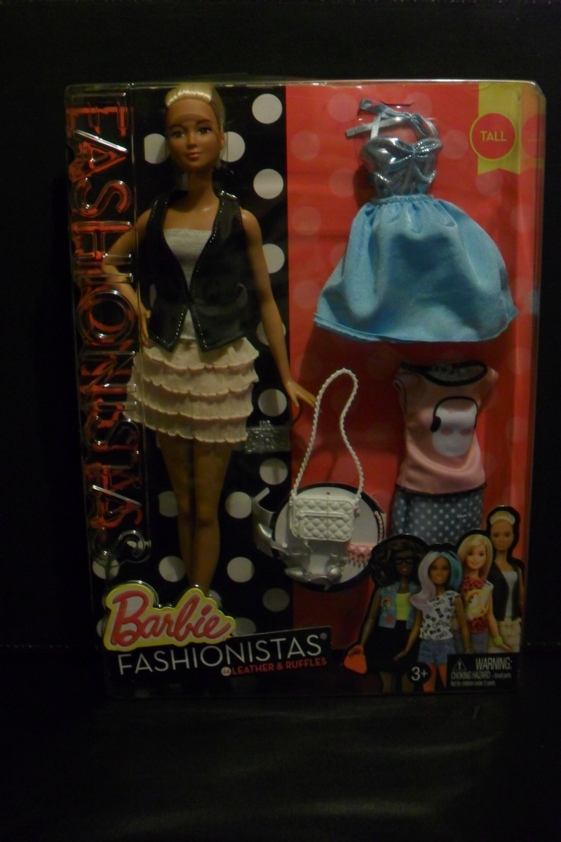 NEWS!! Nouvelle Barbie fashionista - Page 4 Sam_4051