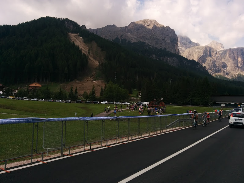 Doping musicale x la Maratona dles Dolomites Img_2011