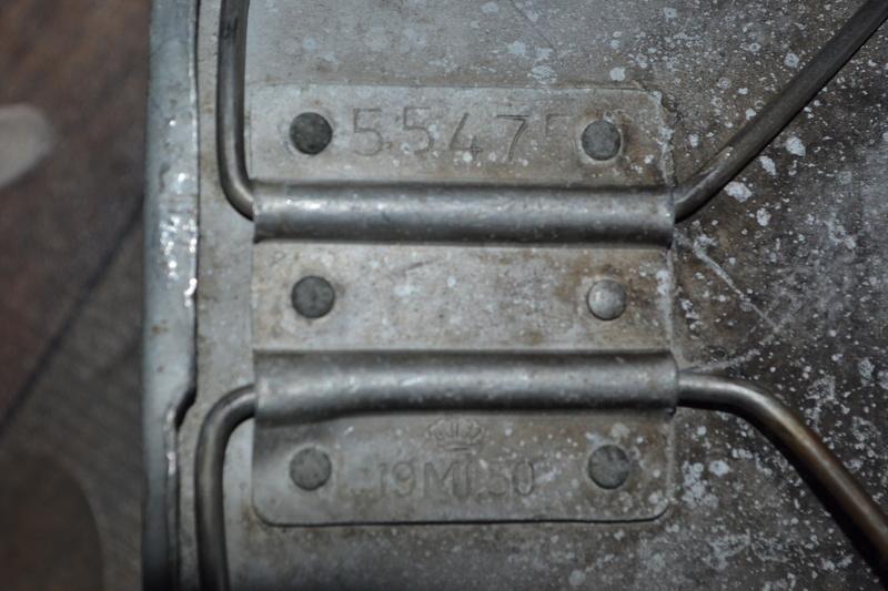 Lot équipement INDOCHINE: bouthéon + gourde anglaise mod 1944 datée 1951 & quart daté 1950.- ESC 1 Dsc_0424