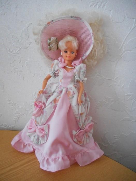 Ma collection de poupées Barbies - Page 15 Dscn2544