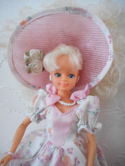 Ma collection de poupées Barbies - Page 15 Dscn2545