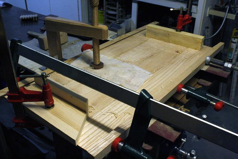 Boite avec « charnières bois » Assemb11