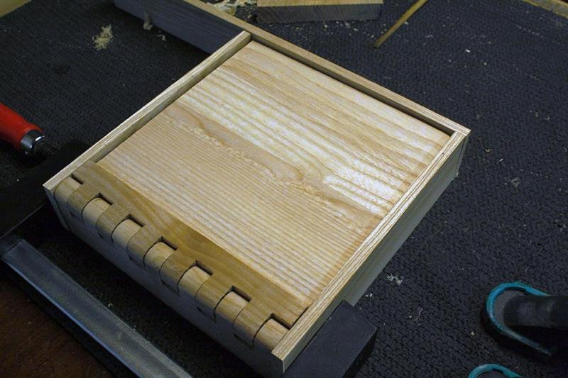 Boite avec « charnières bois » Essais17