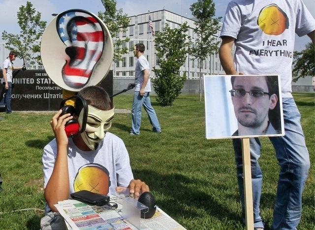 pour - L'administration Obama est en train de collecter les données téléphoniques de dizaines de millions d'Américains Topele10