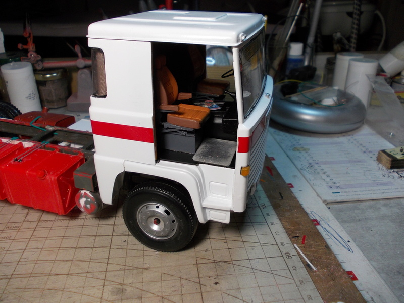 Scania 111 Frigo 6 roues... Dscn0030