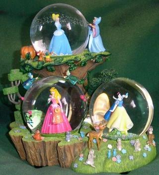 Les Snowglobes - Boules à neige Disney 38577110