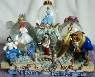 Les Snowglobes - Boules à neige Disney 40347110