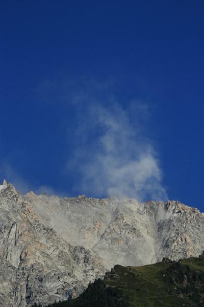 Eboulements et autres glissements dans la vallée - Page 3 Cosmiq10
