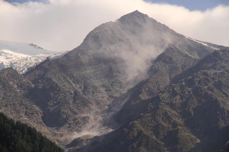 Eboulements et autres glissements dans la vallée - Page 3 Gouter10