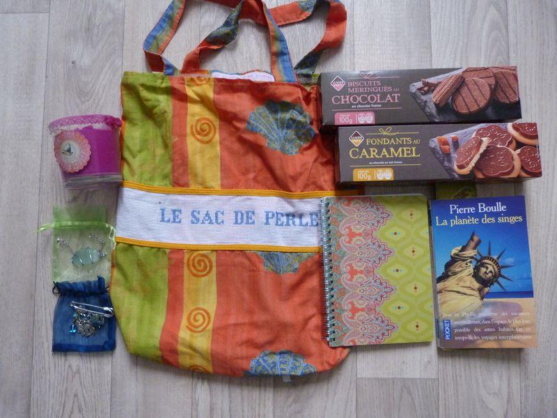 [Partenariat] La ronde des sacs à cadeaux (SUITE) P1080519