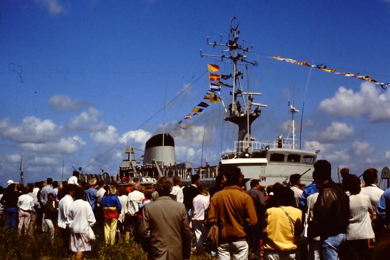Ouverture du nouveau port de Zeebrugge en juillet 1985 - Page 2 003_ju10