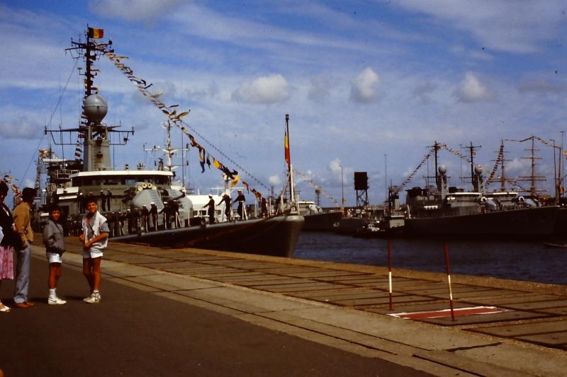 Ouverture du nouveau port de Zeebrugge en juillet 1985 - Page 2 004_ju10