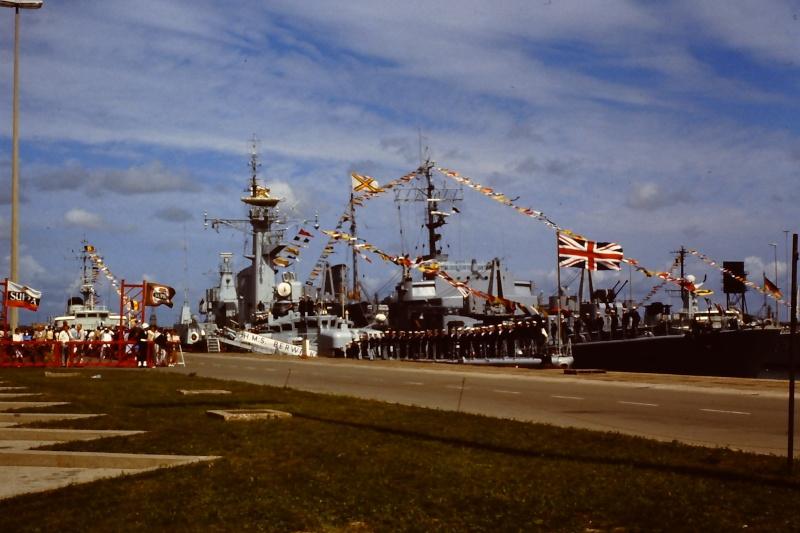Ouverture du nouveau port de Zeebrugge en juillet 1985 - Page 2 007_ju10