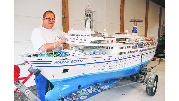 TS Bremen V - Restaurationsbericht zu einem alten Modellschiff in 1/200 - Seite 6 Ammerl10